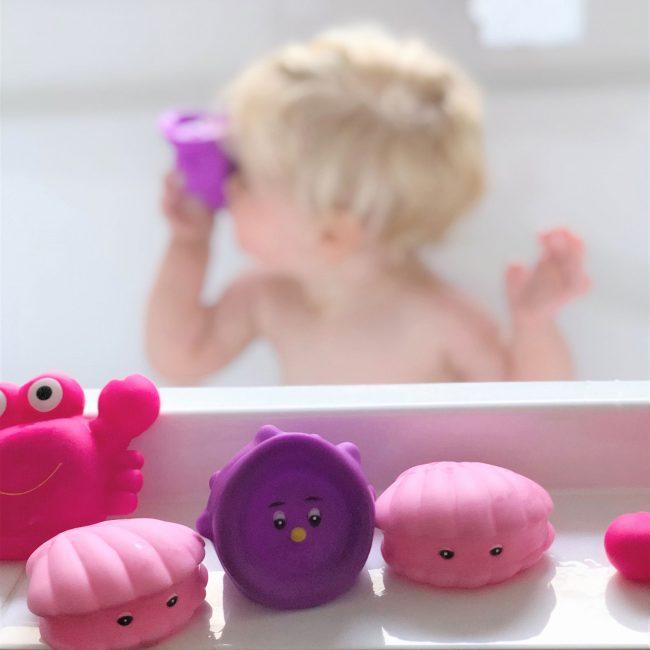 Floating-Sea-Friends-Pink-2
