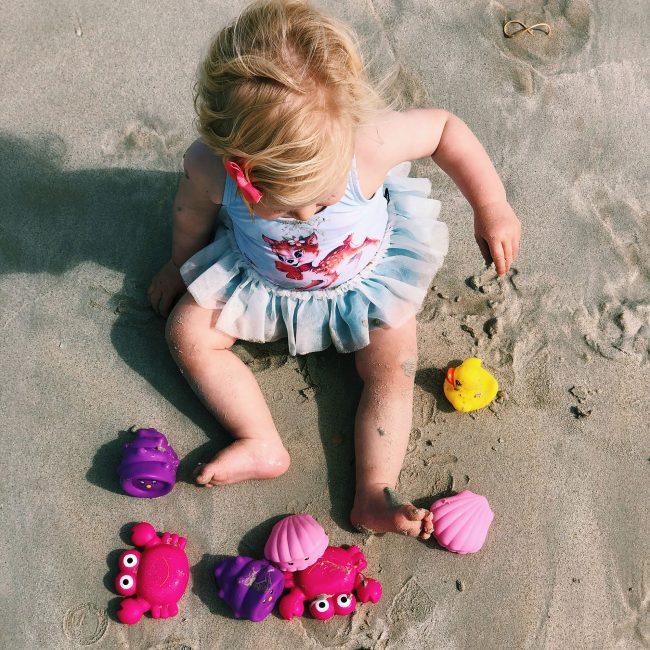 Floating-Sea-Friends-Pink-7